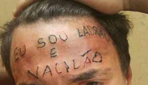 Tatuajes En El Escroto https://parecedelmundotoday.wordpress/2018/11/19/la-policia